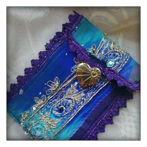 mobile phone cases at funkycrafts